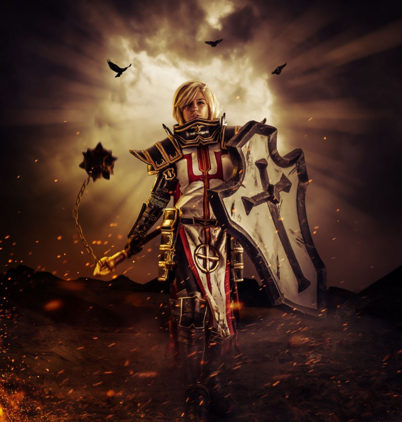 AstroKerrie in crusader cosplay outfit